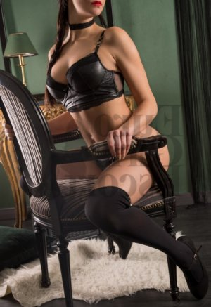 Dorice escort girl