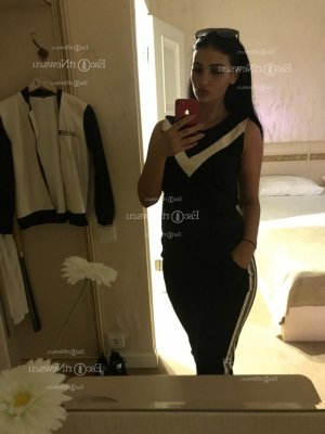 Ivone tantra massage in Randallstown Maryland, escort