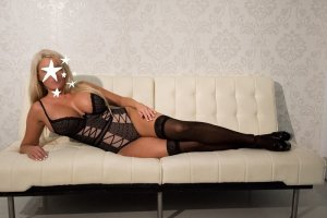 Karenne escort girl & erotic massage